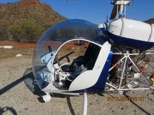 Bell Helicopter ready for VK5HS, Ivan & XYL
