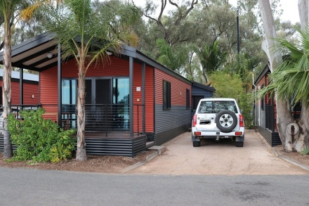 Cabin at Renmark 2
