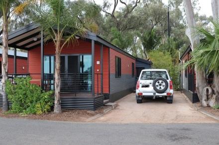 Cabin at Renmark 2